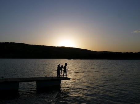 Bermejales-lake-sunset